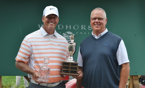 Champion Tim O'Neal (left) and Host Pro Mike Hegarty, PGA