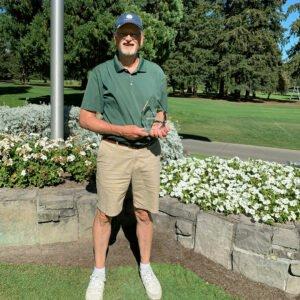 Senior division champion Steve Reuhl